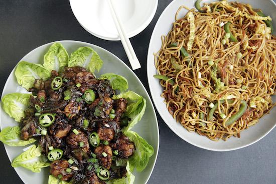 Mallika Basu - Indo Chinese recipes: Chilli Chicken and Hakka Noodles