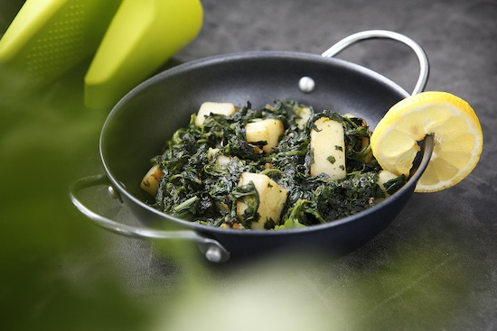 how to make indian saag aloo